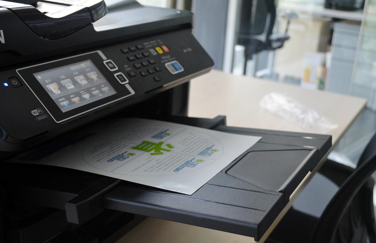 打印社约均印量10000张